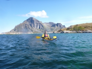 Kjell Morten med Fugløya i ryggen